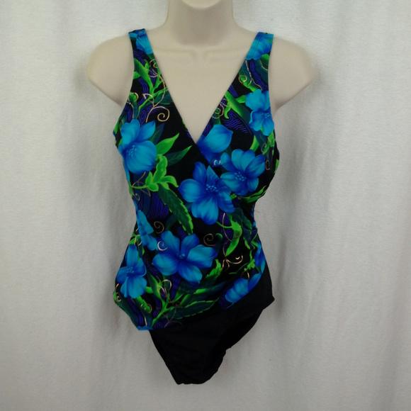 croft & barrow Other - Croft & Barrow womens swimsuit 12 One piece Black